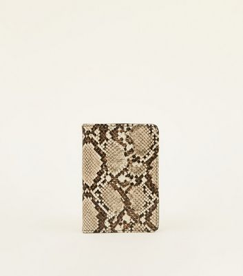 Brown Snake Passport Holder