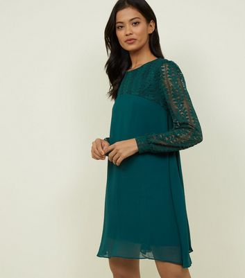 Blue Vanilla Green Lace Sleeve Swing Dress