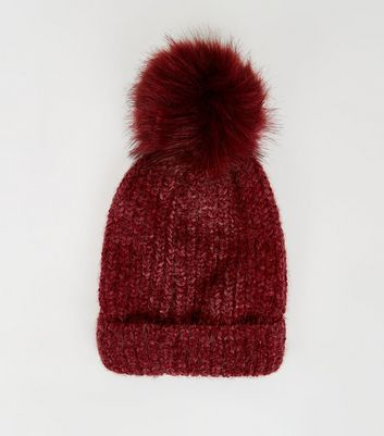 Burgundy Ribbed Faux Fur Bobble Hat