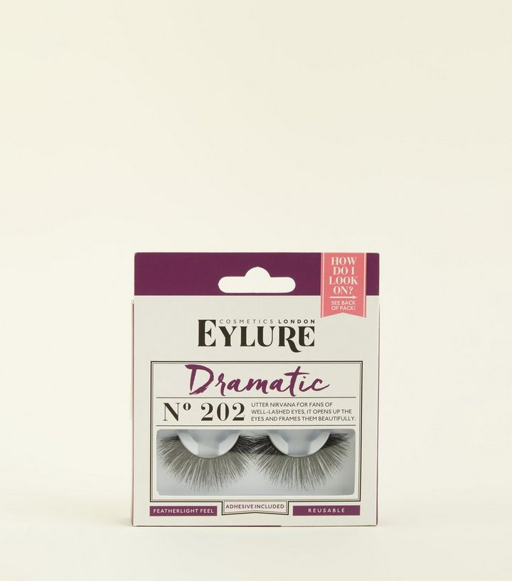 5238a007faa Eylure Black Dramatic No. 202 Lashes | New Look