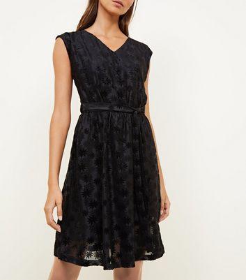 Mela Black Embossed Cap Sleeve Dress New Look
