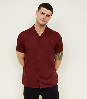 Burgundy Revere Collar Short Sleeve Shirt