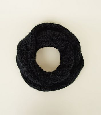 Black Fluffy Chenille Snood