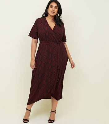 Curves Red Snakeskin Print Dip Hem Midi Dress