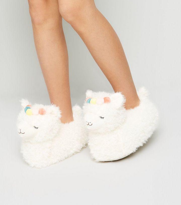 71ab8c67e560 Off White Fluffy Llama Slippers