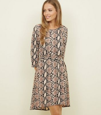 Camel Snake Print Belted Dip Hem Dress