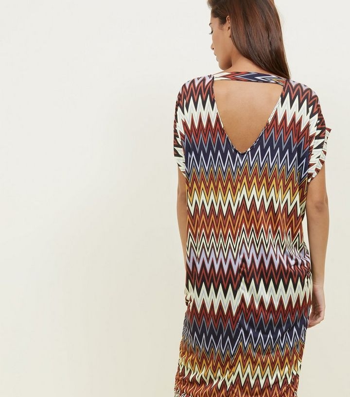 QED Rainbow Zig Zag Print Bar Back Tunic Dress   New Look