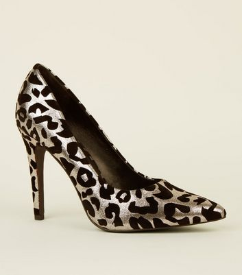 Silver Flocked Leopard Pointed Courts