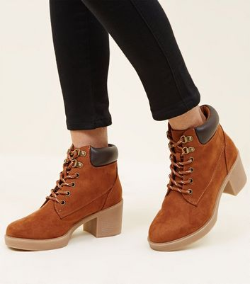 Girls Tan Block Heel Hiker Boots
