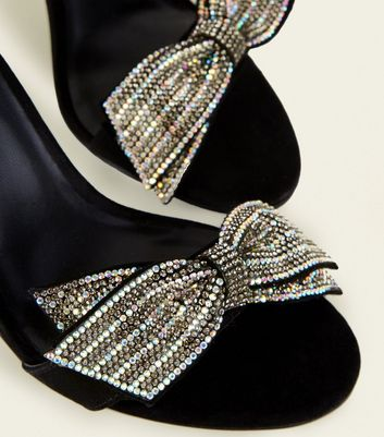 c9f00f0966d44 Black Suedette Gem Bow Heeled Sandals New Look