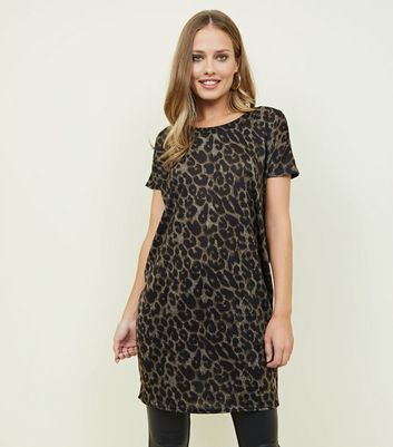 Brown Leopard Print Bar Back Longline T-Shirt