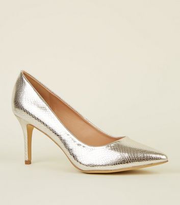 Silver Metallic Faux Snake Pointed Courts
