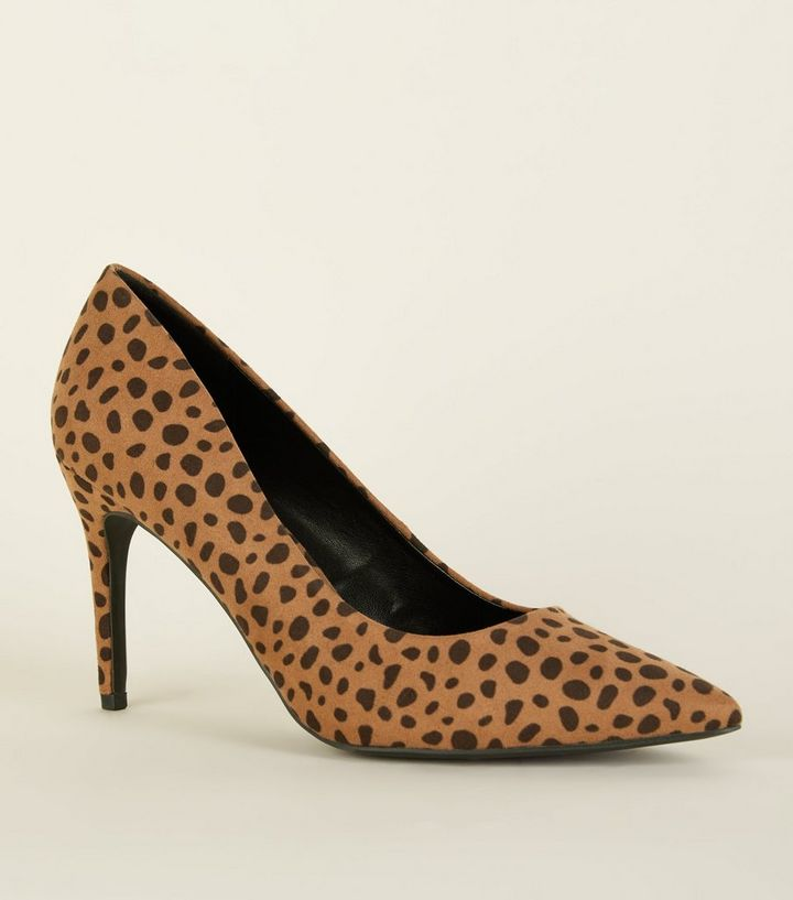 dc7975e5389 Brown Animal Print Pointed Court Shoes