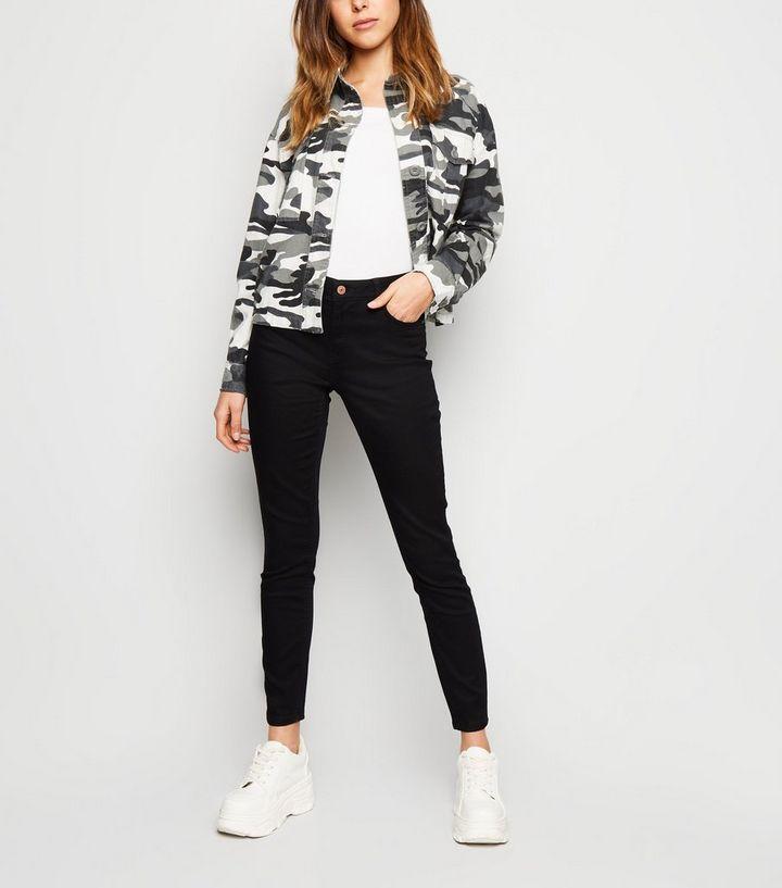 66a8450852 Accueil · Femme · Vêtements · Jeans · Jean super skinny India noir extra  doux. ×. ×. ×. Shopper le look