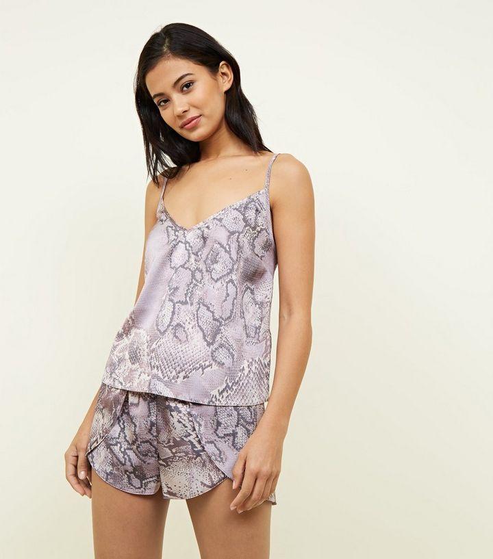 Ensemble pyjama lilas à motif peau de serpent  b4ec2a70f20