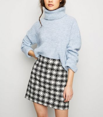 Black Houndstooth Bouclé Mini Skirt