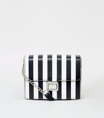 Black Stripe Chain Shoulder Bag