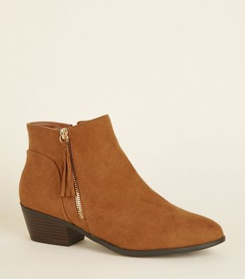 Wide Fit Tan Tassel Side Western Boots