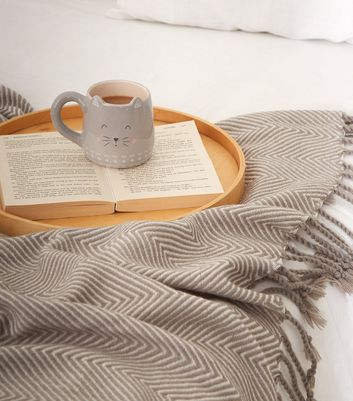 Grey Zig Zag Woven Throw