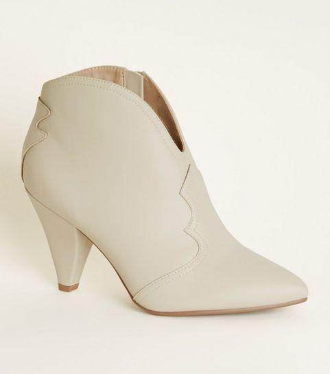 50d765e614f ... Cream Cone Heel Western Boots ...