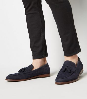 Marineblaue Loafers mit Quasten im Wildleder-Look