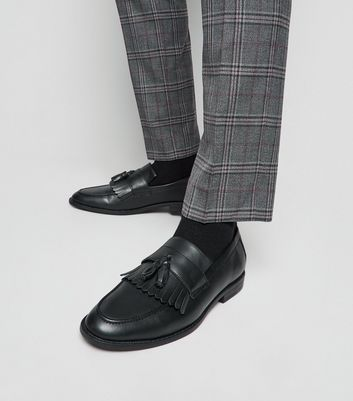 Black Leather-Look Fringe Tassel Loafers