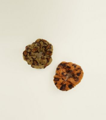 2 Pack Orange and Green Leopard Print Faux Fur Scrunchies