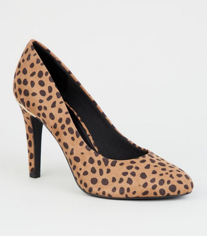 bdc4e803fbd5 Wide Fit Brown Animal Print Court Shoes | New Look