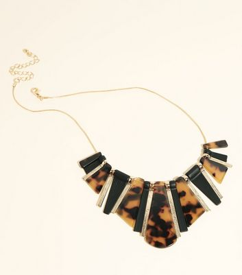 WANTED Brown Resin and Stick Necklace