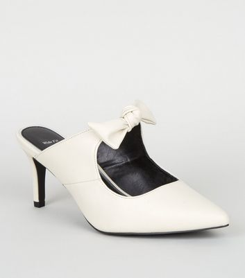 Wide Fit Off White Leather-Look Bow Mules