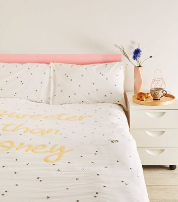 Yellow Honey Bee Print Cotton Double Duvet Set