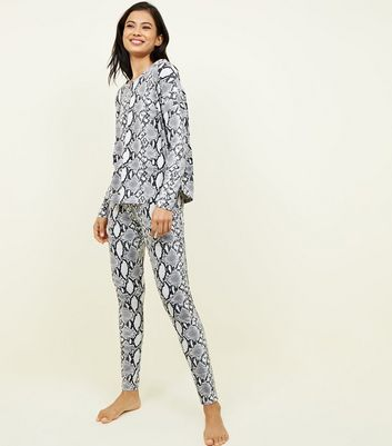Light Grey Soft Tough Snake Print Pyjama Set
