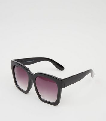 Black Oversized Rectangular Sunglasses