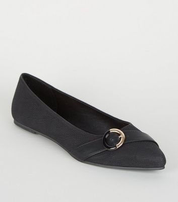 Black Faux Snake Ring Buckle Pointed Pumps