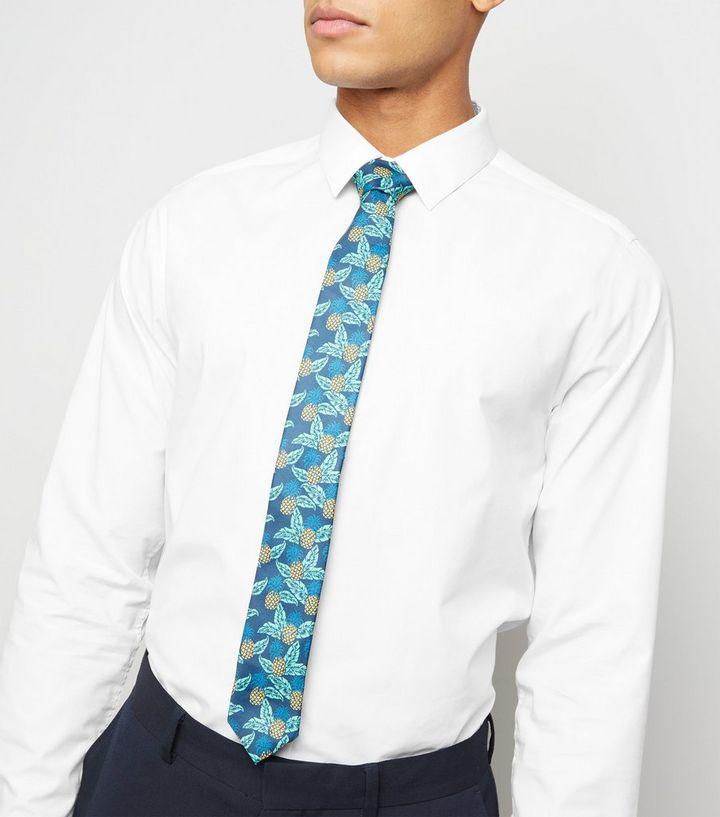 official photos d94cc aa1bd Blaue, schmale Krawatte mit Ananas-Print Für später speichern Von  gespeicherten Artikeln entfernen