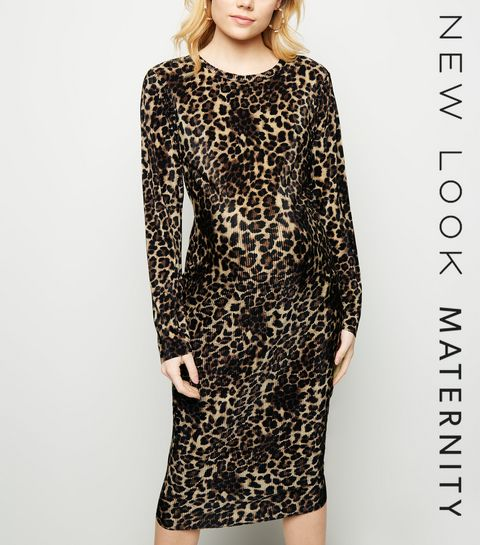 5369162684e6 ... Maternity Brown Leopard Print Plissé Midi Dress ...
