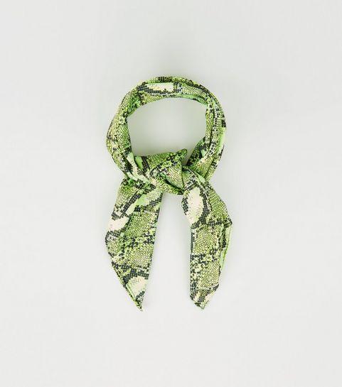 aa2803fe7610 ... Bandana vert néon à imprimé peau de serpent ...