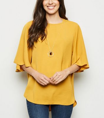 Yellow Flared 3/4 Sleeve Necklace Top