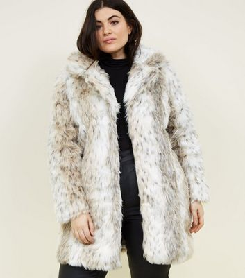 Blue Vanilla Curves White Faux Fur Coat