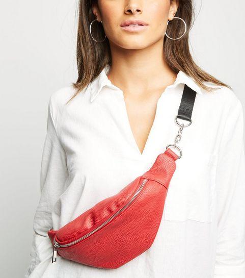 Handbags   Black Handbags, Clutch, Tote   Small Bags   New Look 2d2dc57c0c