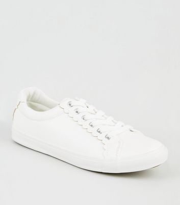 White Leather-Look Scallop Trim Trainers