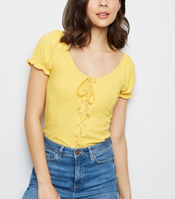 Pale Yellow Lattice Front Top