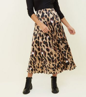 New Look Petite Womens Mix Animal Pleat Skirt