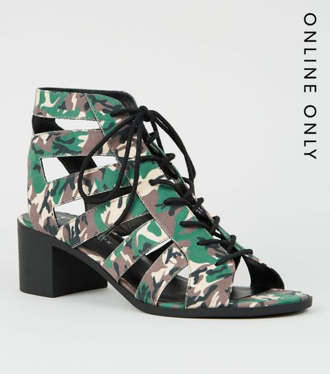 2f52167d2f46 ... Green Camo Lace Up Ghillie Heel Sandals ...