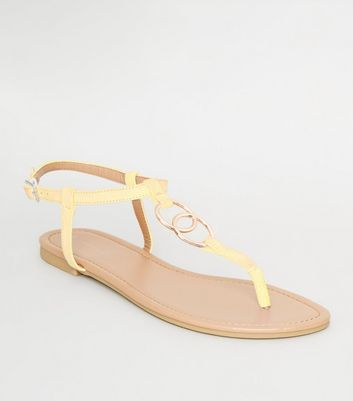 Pale Yellow Ring Strap Flat Sandals