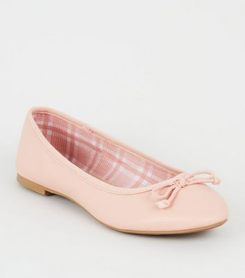 Ballerines en similicuir rose