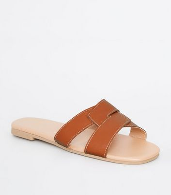 Tan Leather-Look Interlocked Strap Sliders