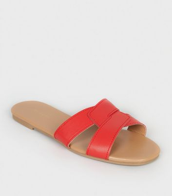 Red Leather-Look Interlocked Strap Sliders