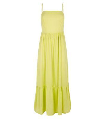 Light Green Crinkle Tiered Hem Midaxi Dress New Look