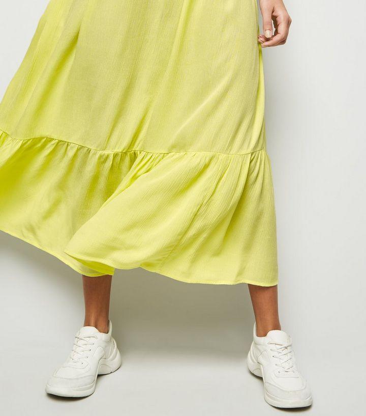 6d390025412d6 ... Light Green Crinkle Tiered Hem Midaxi Dress. ×. ×. ×. Shop the look